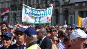 "Pancarte ""Laudato Si"" dimanche 21 juin Place Vittorio Veneto à Turin"