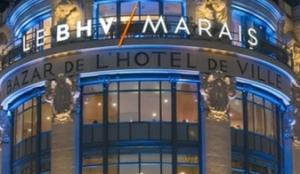 BHV Paris la nuit et le dimanche