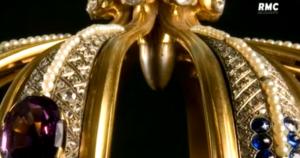 Fatima : la balle dans la couronne de la Vierge Marie